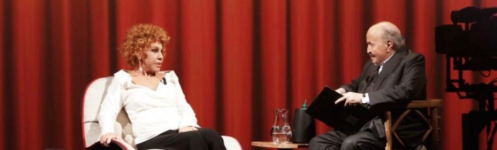 """L'Intervista Ornella Vanoni da Maurizio Costanzo: """"Amerò sempre Gino Paoli"""". L'ultima intervista della stagione di Maurizio Costanzo con Ornella Vanoni."""