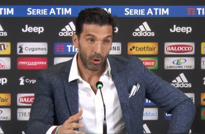 L'addio annunciato alla Juventus ed alla Nazionale Italiana di Gianluigi Buffon è arrivato nella conferenza stampa che lo stesso numero 1 bianconero ha indetto stamattina nella sala stampa dell'Allianz Stadium di Torino. Addio alla Juventus dopo 17 stagioni, ultima gara sabato alle 15 contro il Verona.
