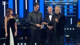 Andrea Bocelli emozionante nella prima serata del Festival di Sanremo 2019
