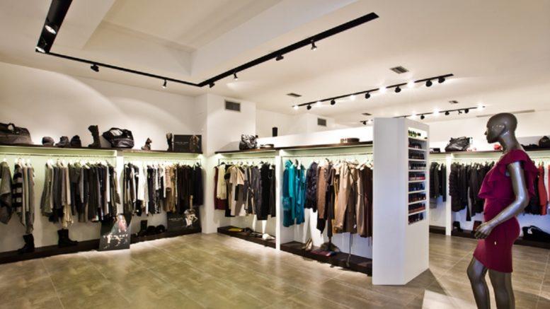 negozi abbigliamento apertura 18 maggio fase 2 coronavirus italia