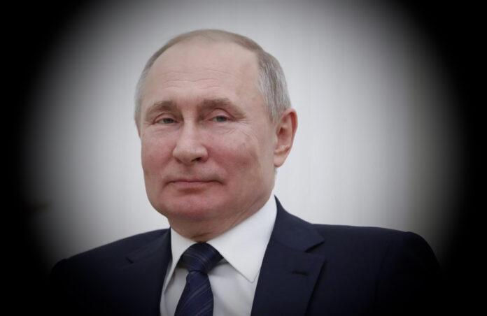 Vladimir Putin ha il parkinson, indiscrezione choc dalla Russia