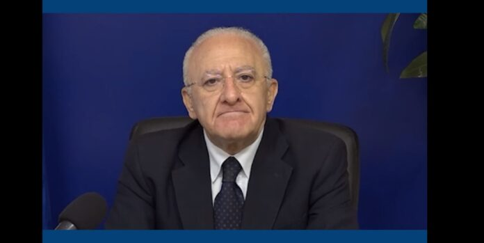 de Luca, governatore campania, contro il nuovo dpcm