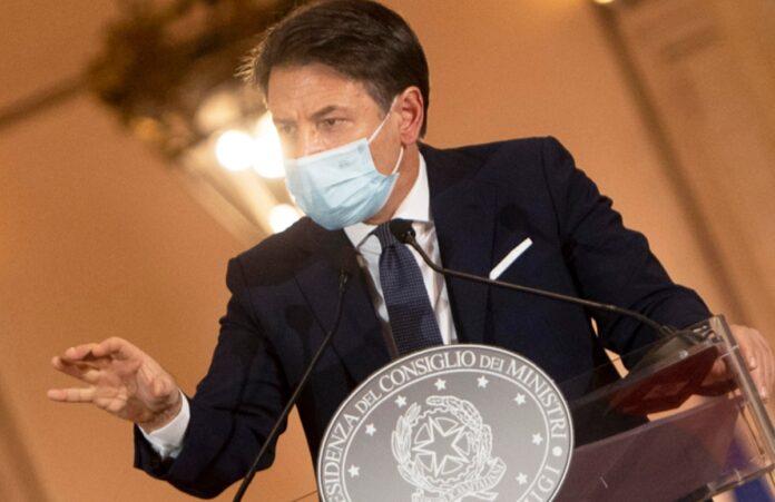 Nuovo Dpcm previsto in serata, fino al 20 dicembre regole morbide poi un quasi lockdown natalizio in tutta Italia