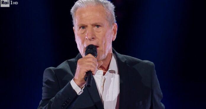 Giulio Todrani, padre della cantante Giorgia incanta tutti a The Voice Senior di venerdì 4 dicembre 2020