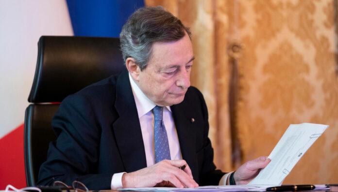 Draghi valuta nuove forti restrizioni, rischio lockdown nei weekend