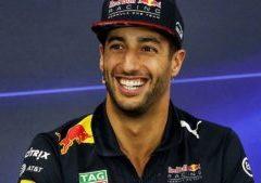 F1 GP Cina Shangai 2018: Ricciardo vince, Vettel penalizzato da Verstappen